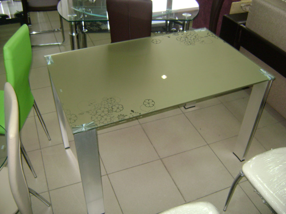 Стеклянная столешница для стола